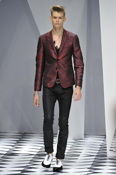 Джинсы мода 2011
