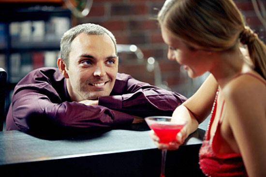 о чем разговаривать с девушкой при интернет знакомстве