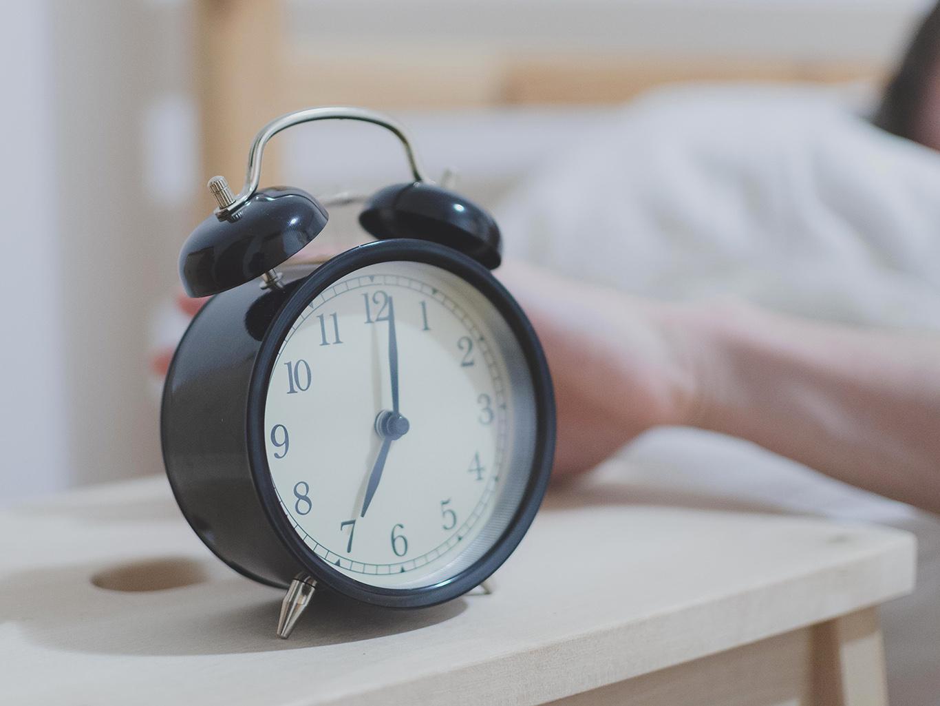 Как быстро и легко просыпаться по утрам: полный гид