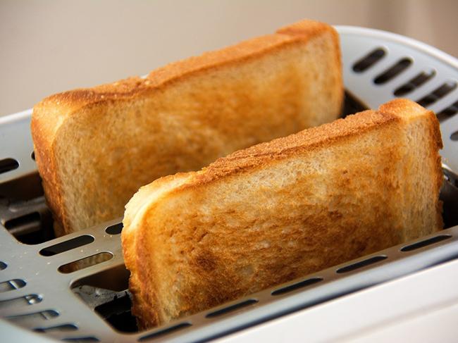 Тосты из хлеба оказались опасными для здоровья