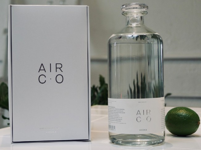 В Америке сделали водку из воздуха и воды