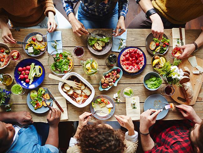 Ученые поведали  о воздействии  еды нанастроение человека вразном возрасте