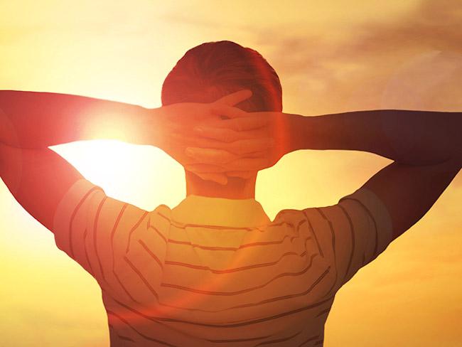 Ученые рассказали, чем полезен солнечный свет