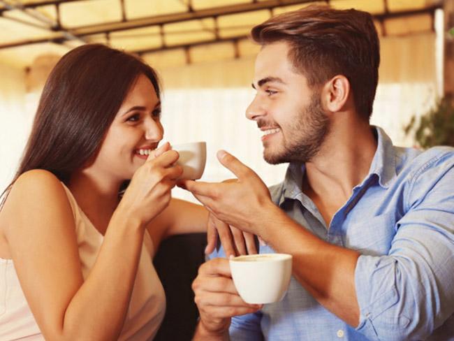Эксперты выяснили, как мужчины распознают флирт