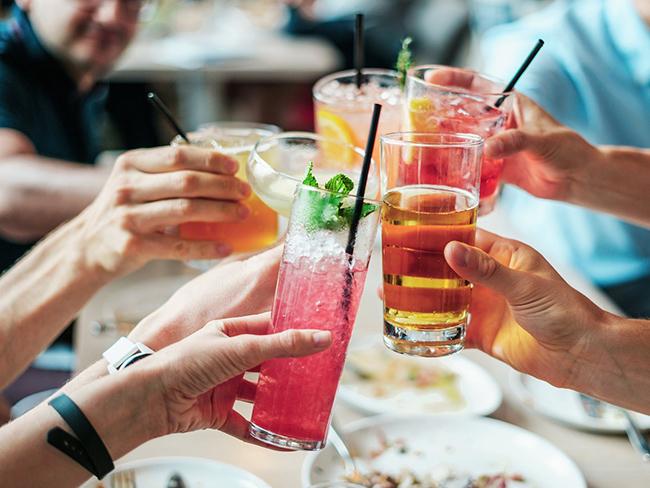 Как алкоголь влияет на давление: мнение специалистов