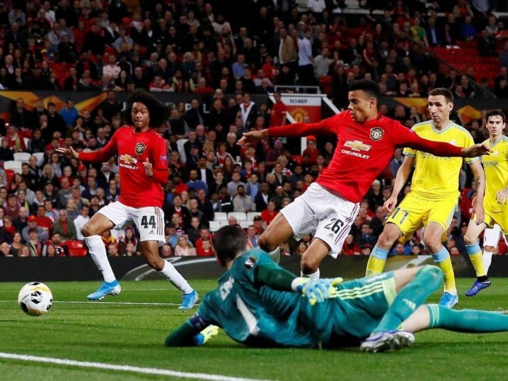 """Как фанаты """"Манчестер Юнайтед"""" отреагировали на поражение """"Астане"""""""