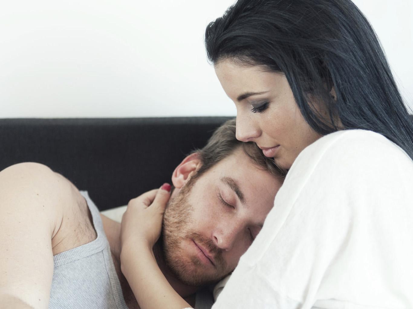 Как заставить девушку бегать за тобой 4 эффективных метода