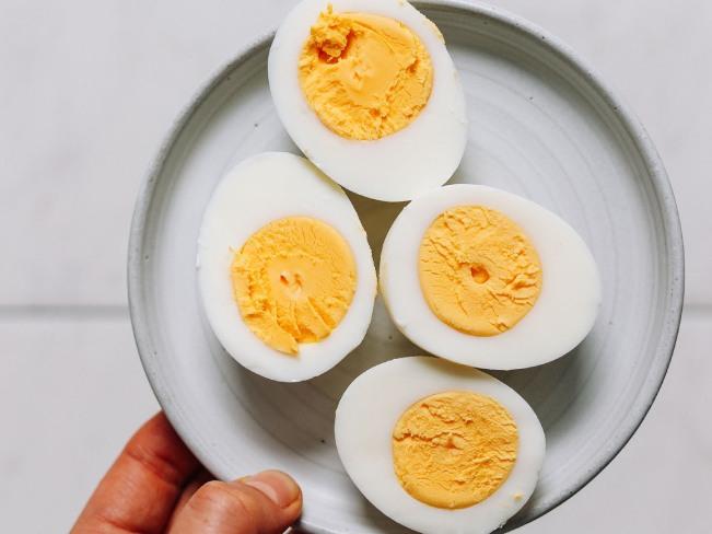 Почему стоит употреблять яйца ежедневно