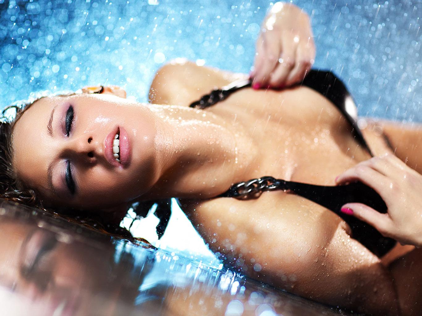 Видео порно женские выделения при оргазме 190