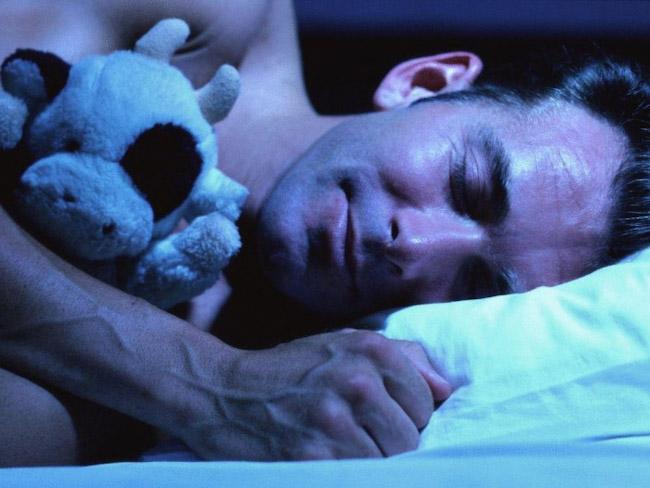 Ученые объяснили, почему лучшие идеи возникают перед сном