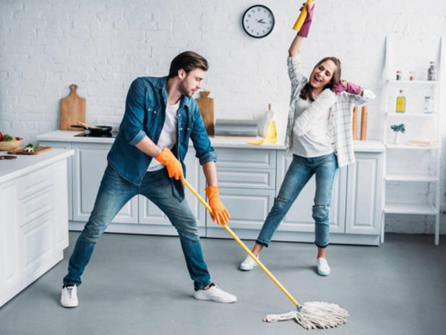 Ученые из США рассказали о том, какая домашняя обязанность полезна для здоровья