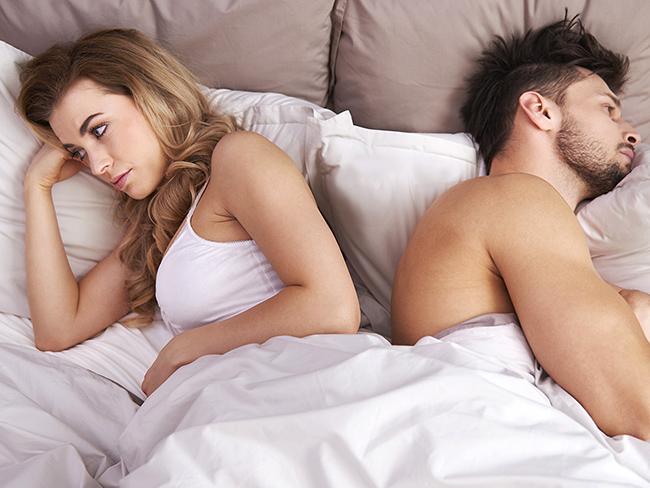 Исследователи рассказали о женщинах не испытывающих оргазм с партнерами