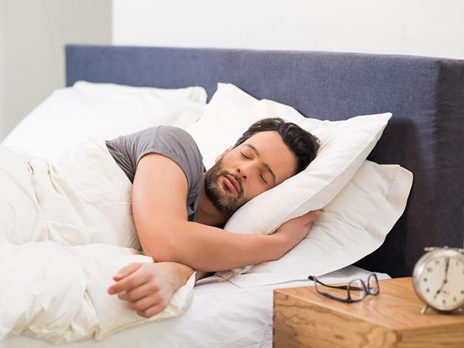 Ученые доказали, что люди могут выспаться наперед