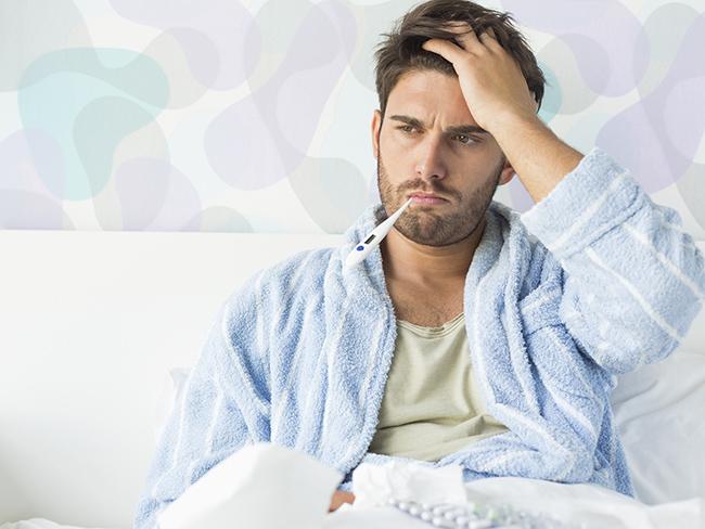 Ученые узнали, почему мужчины болеют гриппом чаще женщин— Слабость сильного пола