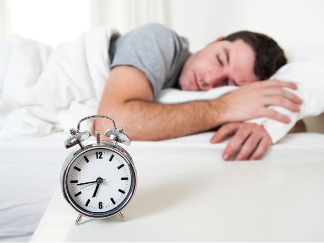 Как звук будильника влияет на пробуждение