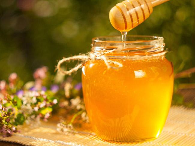 Ученые предположили, что при ОРВИ мед более эффективен, чем лекарства