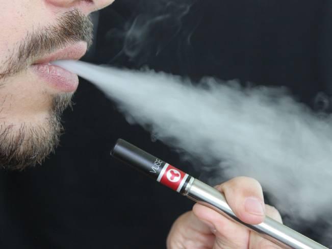 Ученые доказали вред электронных сигарет