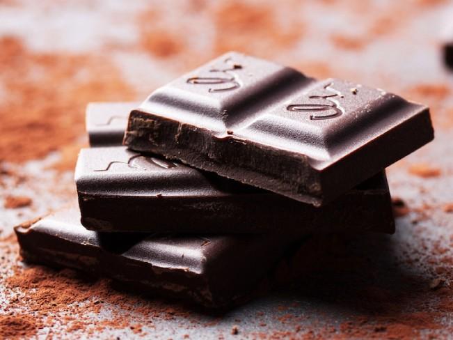 Темный шоколад помогает предотвратить депрессию