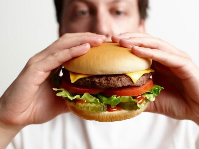 Эксперты назвали продукты, вызывающие быстрое привыкание