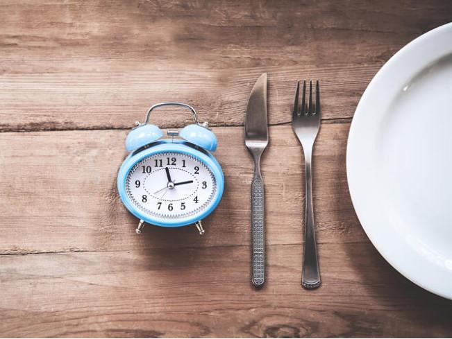 Чем опасно интервальное голодание