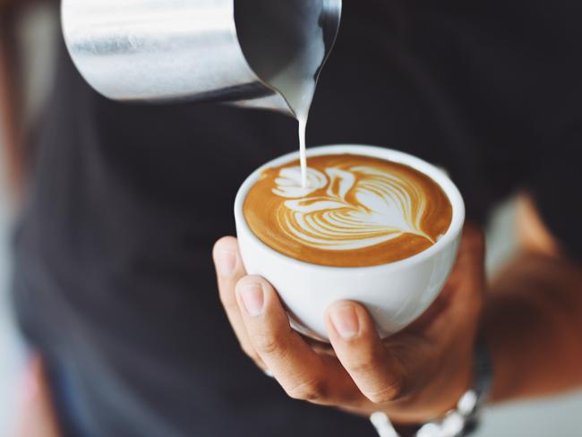Ученые рассказали, как правильно пить кофе по утрам