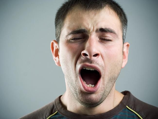 Медики рассказали, о каких болезнях может сигнализировать зевота
