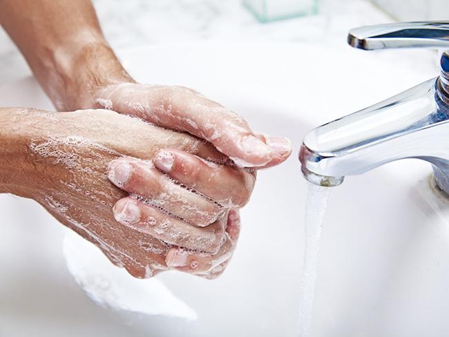 Ученые поведали, как посути правильно мыть руки