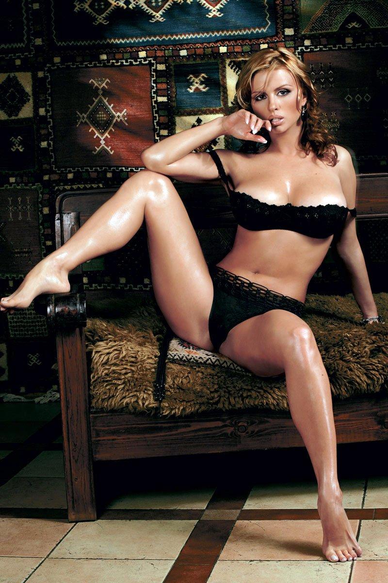 Голая Мария Кожевникова в плейбой фото Playboy сентябрь 2009