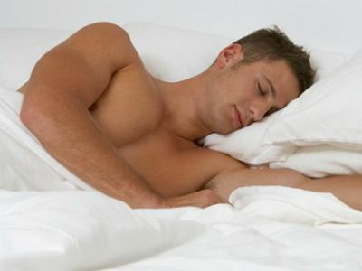 Специалисты дают советы,  как спастись от жары ночью  и крепко спать