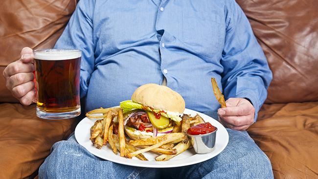 Возможно ли «растянуть» желудок перееданием? И нужно ли есть мало, чтобы желудок «стянулся»?