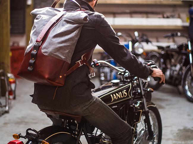 Мужской рюкзак: с какой одеждой сочетать и что учитывать при его выборе