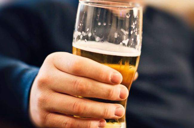 6 поводов отказаться от алкогольных напитков