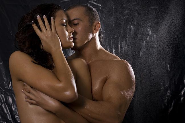 Самые горячие секс-идеи: 11 способов добавить страсти в интимную жизнь