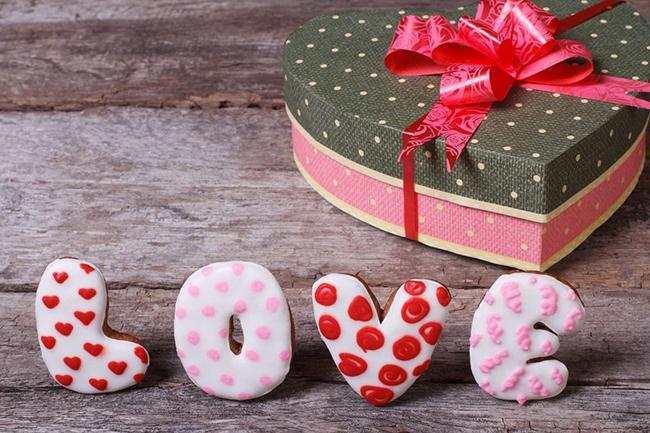 Как необычно отпраздновать День святого Валентина и что подарить второй половинке