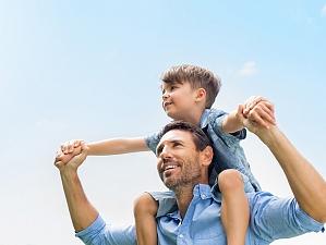 ученые раскрыли главную опасность отцовства зрелом возрасте