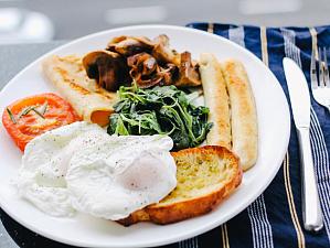 Как завтрак связан с восприимчивостью к стрессам