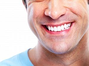 плюсы минусы отбеливания зубов