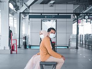 Эксперты рассказали, защищает ли медицинская маска во время диалога с инфицированными COVID-19