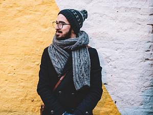 изобретен умный шарф подогревом регулятором обхвата шеи