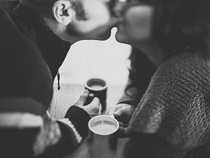 Эксперты рассказали, почему полезно целоваться каждый день
