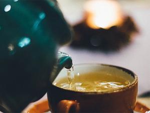 Ученые назвали пользу комбинации зеленого чая и моркови