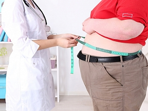 Люди с лишним весом чаще болеют этим заболеванием