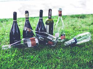 выявлена новая опасность алкогольных напитков
