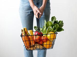 6 доступных каждому продуктов питания, которые улучшают зрение