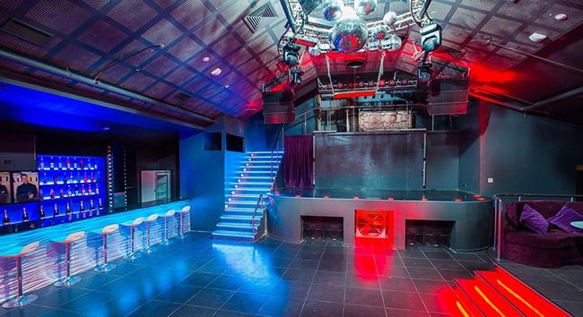 Клуб зона в москве фото вакансии в ночном клубе на выходные