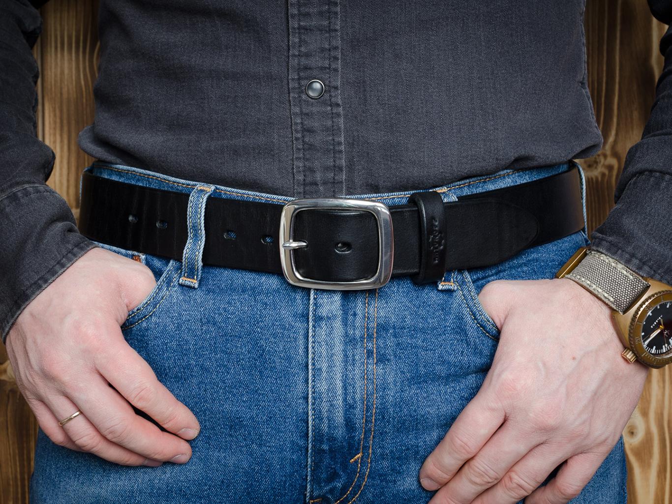 Мужской ремень: как выбрать и с чем носить этот аксессуар