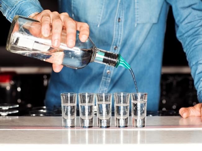 Спасает ли водка от коронавируса