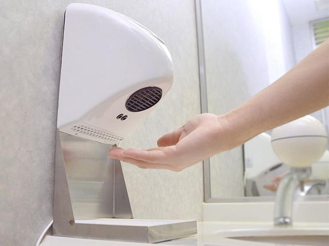 Сушилки для рук являются рассадниками бактерий