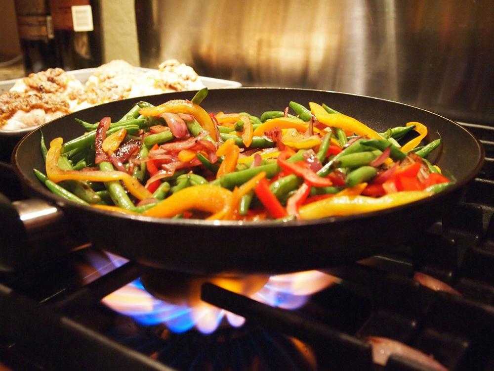 На чем жарить еду: лучшие масла