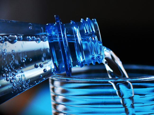 6 положительных эффектов от употребления воды